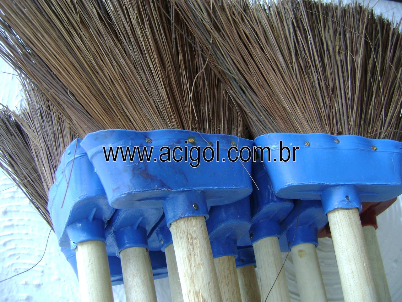 VASSOUA DE PIASSAVA GRANDE-FOTO ACIGOL 81 34451782-DSC09956